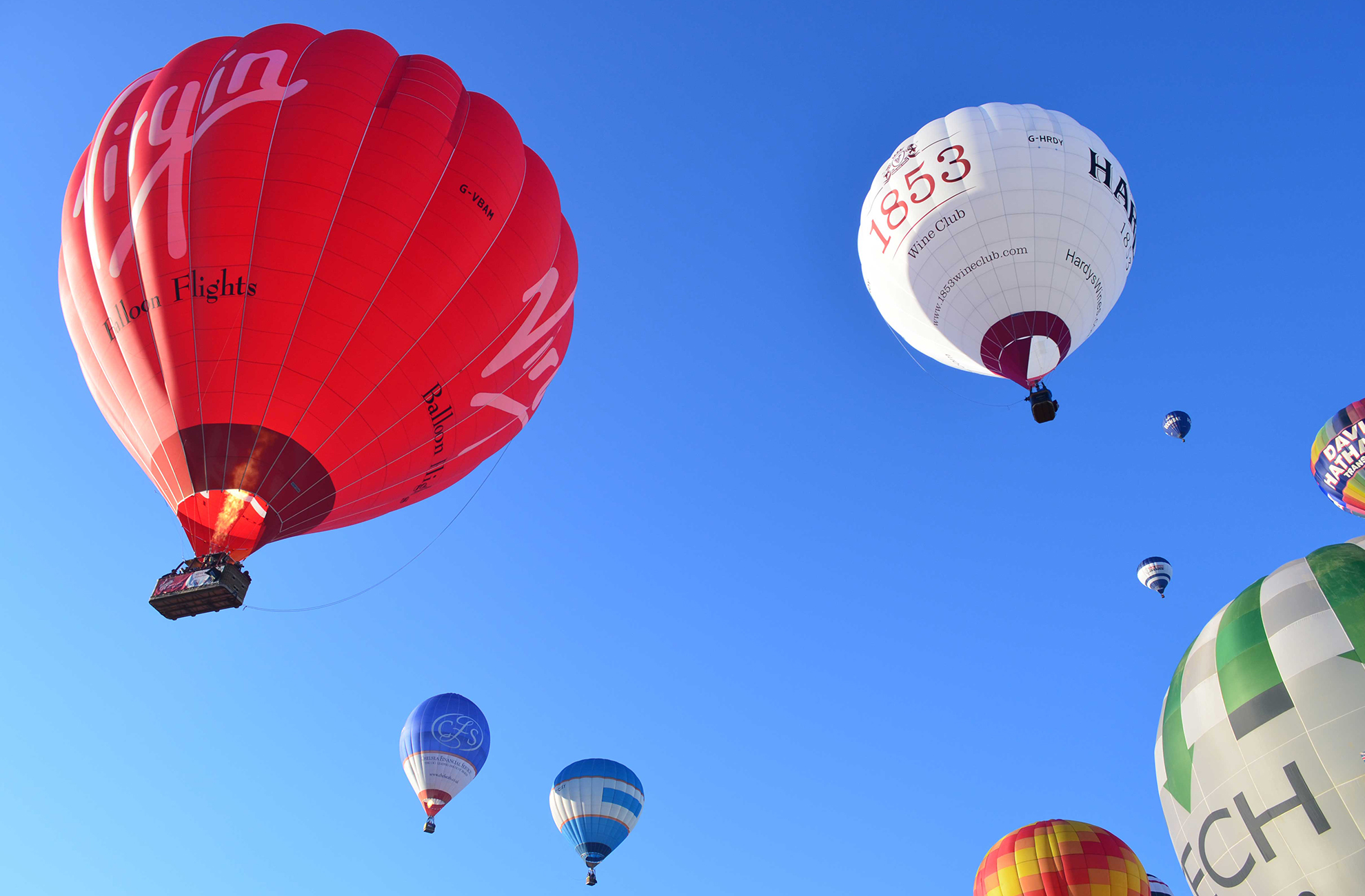 Enjoy a 360 view of the Cheshire countryside surroundign Combermere Abbey by taking a hot air balloon ride