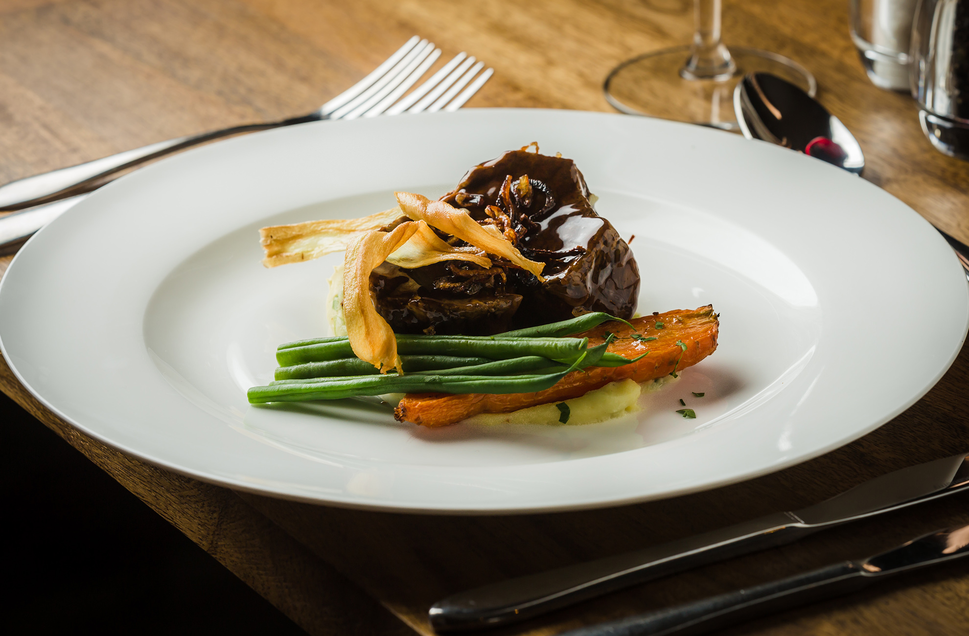 Slow cooked beef is a popular wedding breakfast choice for couples getting married at Combermere Abbey