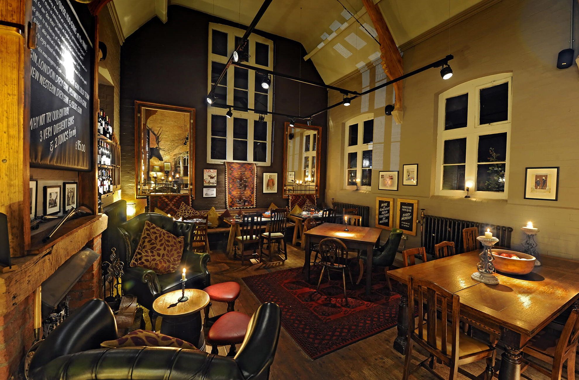 The Cholmondeley Arms pub Is a pub close to Combermere Abbey